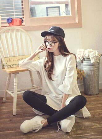 sweater hoodie pullover white urban korean fashion kstyle kpop oversized long extremly long basic cute nice cool streetwear streetstyle korean style