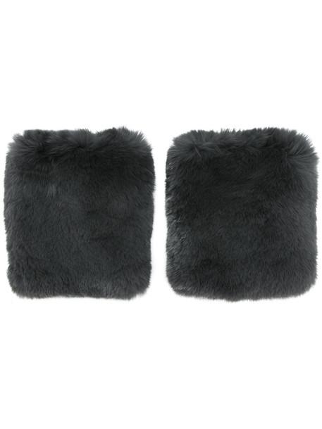 fur grey jewels
