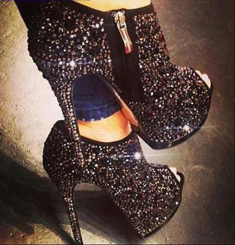 Toe platform ankle boots