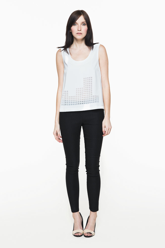 Funktional image cut out tank