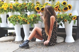 dress floral black dress sunflower flowers black shoes boots ankle boots big boots black boots vintage sunflower dress floral dress