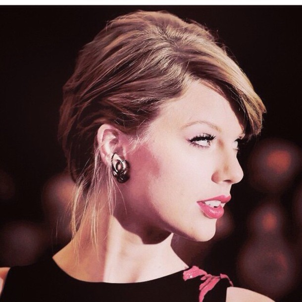 jewels earing set earrings taylor swift octopus make-up