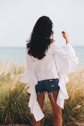 hug you blogger denim shorts bell sleeves white blouse long sleeves