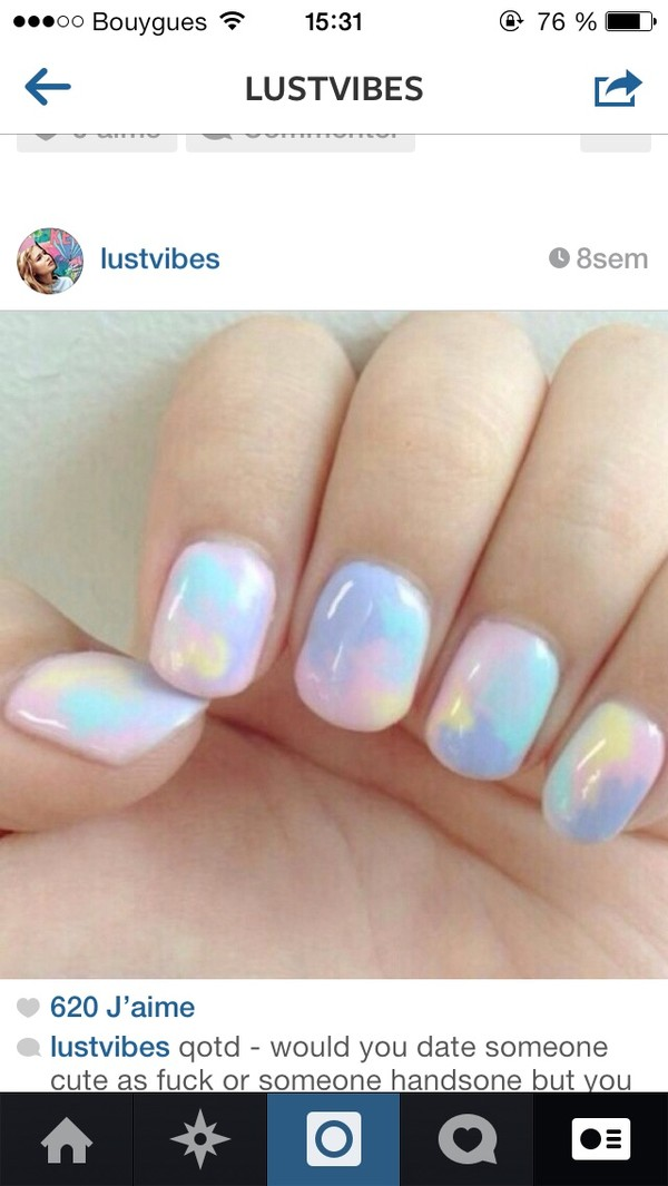 nail polish holographic holographic fashion