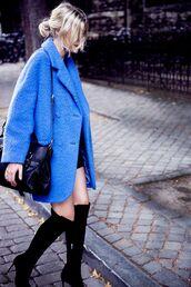 coat,blue fluffy coat,tumblr,blue coat,oversized,bag,black bag,boots,high heels boots,black boots,over the knee boots,shoes