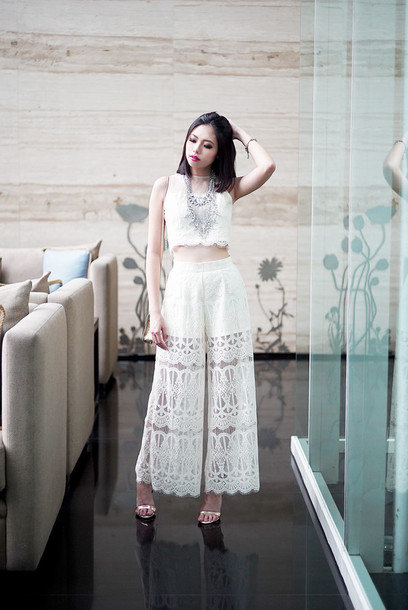 olivia lazuardy blogger culottes white crop tops silver necklace crochet