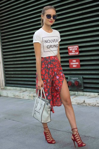 t-shirt lace up heels red lace up heels blogger white t-shirt slogan t-shirts red skirt midi skirt side slit skirt tote bag white tote bag celine bag leopard print sunglasses red stilleto heel cage heels streetstyle