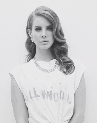 jewels black and white lana del rey