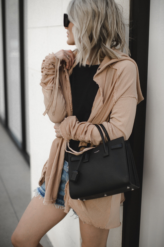 so sage blogger cardigan shorts t-shirt tank top bag shoes beige jacket handbag denim shorts spring outfits