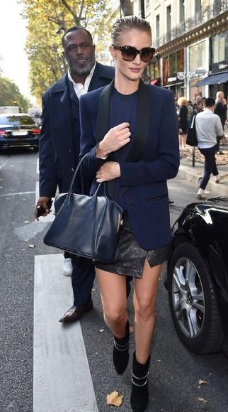 rosie huntington-whiteley fashion week 2014 jacket skirt boots bag
