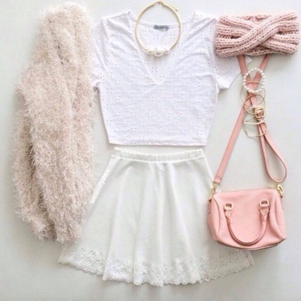 bag pink bag white skirt pink hat peach scarf pink and white jewelry white shirt