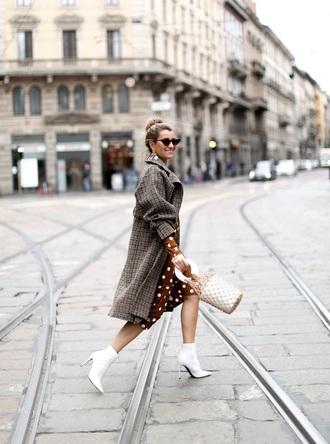 coat plaid plaid coat dress boots white boots bag polka dots dress polka dots ankle boots mesh net