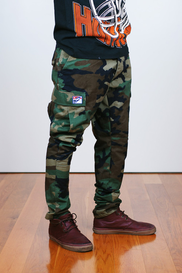 jeans camouflage tapered cargo pants