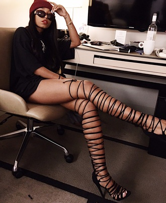 shoes trapezoidmouth chantale hussein trini gyal sagittarius thigh highs black red leather beanie t-shirt dress baggy sexy boss bitch black girl magic twitter aesthetic instagram jewelry gold necklace bracelets heels glasses