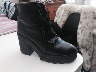 shoes style black dress brown platform boots chelsea boots black heels black high waisted pants platform heels indian boots little black boots zara shoes zara summer dress summer shorts black jacket