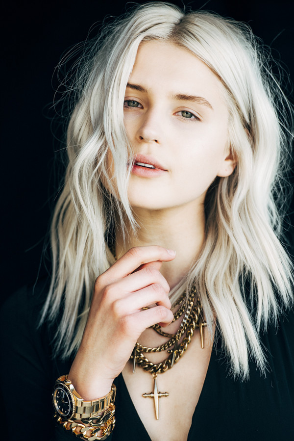 Fire On The Head Blogger Hairstyles Platinum Hair