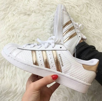 shoes stripes trendy adidas shoes adidas adidas superstars gold white rose gold adidas superstar white gold white copper white addias shoes