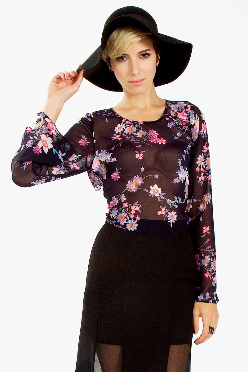 Free falling floral top · trendyish · online store powered by storenvy