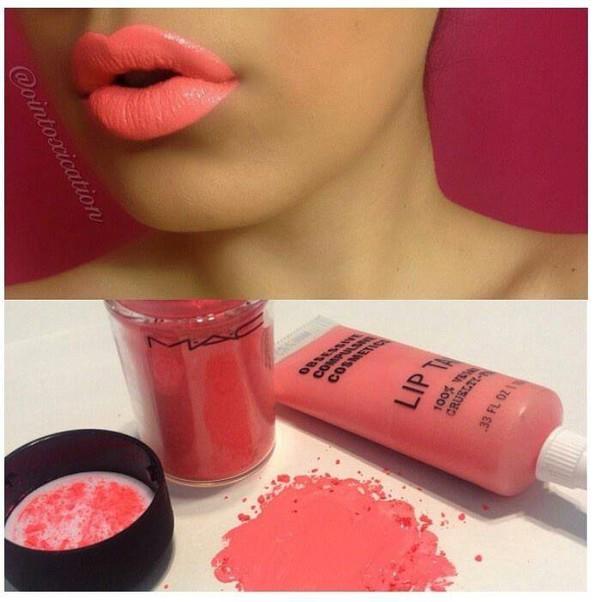 make-up coral lip gloss
