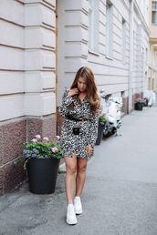 shoes,white sneakers,animal print,mini dress,belt,long sleeve dress