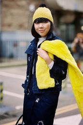 vanessa jackman,blogger,pom pom beanie,yellow,fur,fall outfits,navy,fur scarf