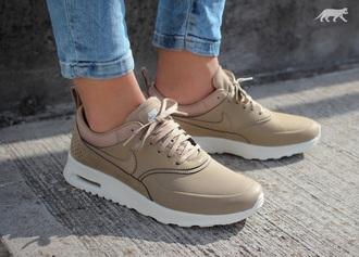 shoes beige leer nike khaki air max thea europa