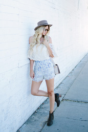a little dash of darling,blogger,top,shorts,shoes,bag,hat