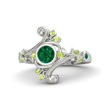 Round emerald 18k white gold ring with peridot and emerald