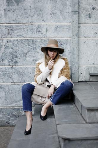 fringe and frange blogger shoes jeans sweater coat hat bag chloe bag beige bag designer bag cropped jeans fedora winter outfits