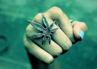 jewels ring weed kush herb plants