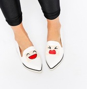 shoes,loafers,white shoes,flats