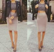 skirt,pencil skirt,top,nude,beige dress,t-shirt