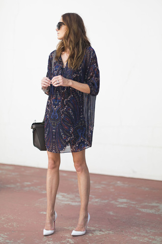could i have that blogger bag dress shoes jewels sunglasses