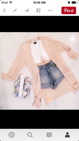 cardigan blouse top shorts dreamcatcher