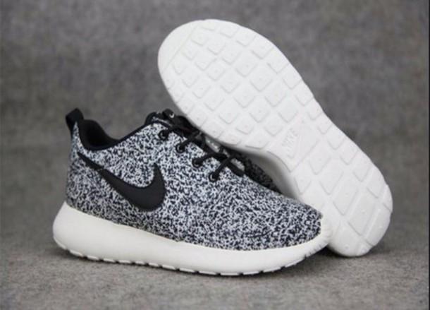 nike sneakers shoes nike roshe run black and white grey nike