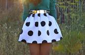 skirt,polka dot skirt,white and black skirt,belt,white,polka dots,skater,purple,girly,black,vintage,retro,cute,outfit,idea,shirt,gold,gold belt,black and white,clothes,neon,style,dress,little black dress,black and white skirt,high waisted skirt,black polkadot,black and white polka dots,circle skirt,short skirt,skirts with belts,cute skirt