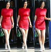 red dress,kylie jenner,bodycon dress,sexy dress,long sleeve dress