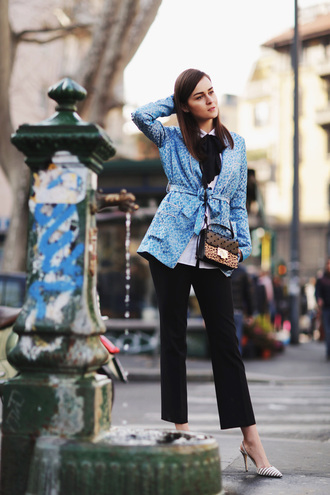 style scrapbook blogger blue jacket black pants mini bag