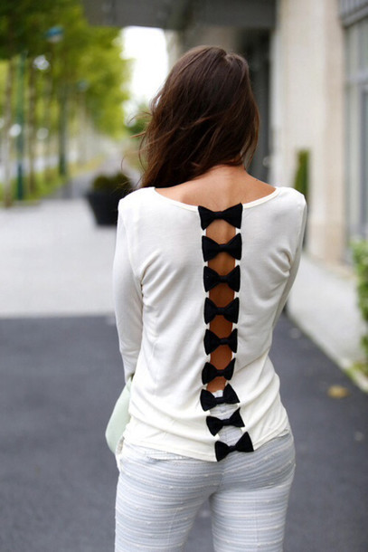 shirt celebrity bows white pants sweater cute bow long sleeves open back blouse black bow cute girly fashion back top bow top cute black bows black and white long-sleeve bow open back shirt cute shirt white blouse gorgeous style see through t-shirt bow shirt openbacktop white t-shirt black top cute top summer shirt