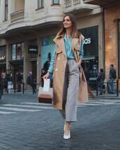 bag,handbag,pants,cropped pants,checkered pants,pumps,coat,vest,shirt