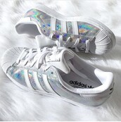 shoes,adidas,adidas superstars,holographic,white,adidas originals,holographic shoes,silver shoes,adidas shoes