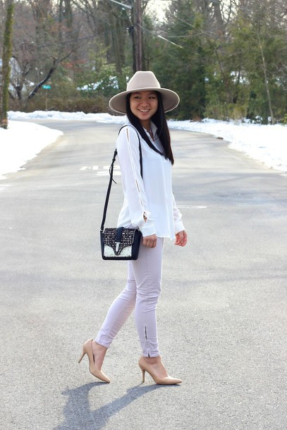 looks by lau blogger white shirt skinny pants mini bag nude high heels top pants hat bag shoes