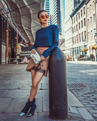 skirt tumblr mini mini skirt asymmetrical asymmetrical skirt boots black boots ankle boots top blue top sunglasses