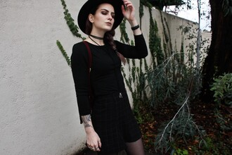 waters riley street fem blogger gothic grunge grid black shorts black hat hat jacket jewels skirt