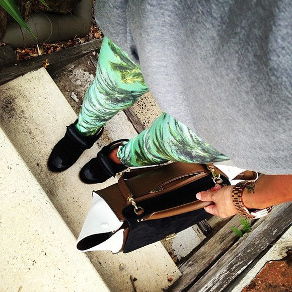 green pants bag jeans grey blouse sneakers pants printed pants palm