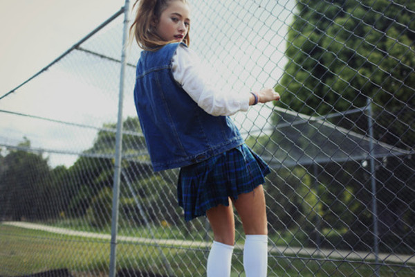 skirt girl fence back to school summer short vintage blue plaid