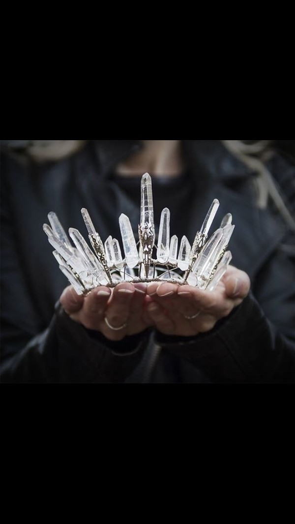 jewels crown quartz tiara