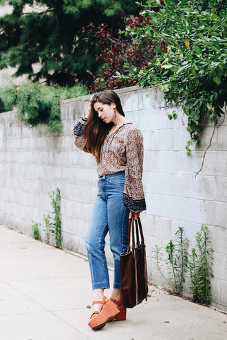 orchid grey blogger blouse jeans bag jewels shoes