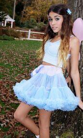 skirt,tutu,blue,light blue,puffy,flowy,purple,madison beer,tank top