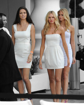 dress,model,white,summer,summer dress,candice swanepoel,victoria's secret very sexy jet tour in miami,mondrian hotel,white dress,strapless dress,white mini dress,clothes,White strapless dress